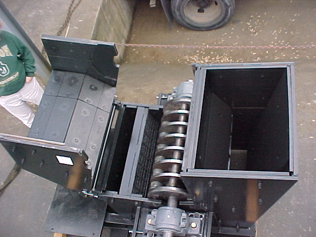 "Kenco ""Black Gold"" RAP Crusher with optional bypass chute for in-spec material"