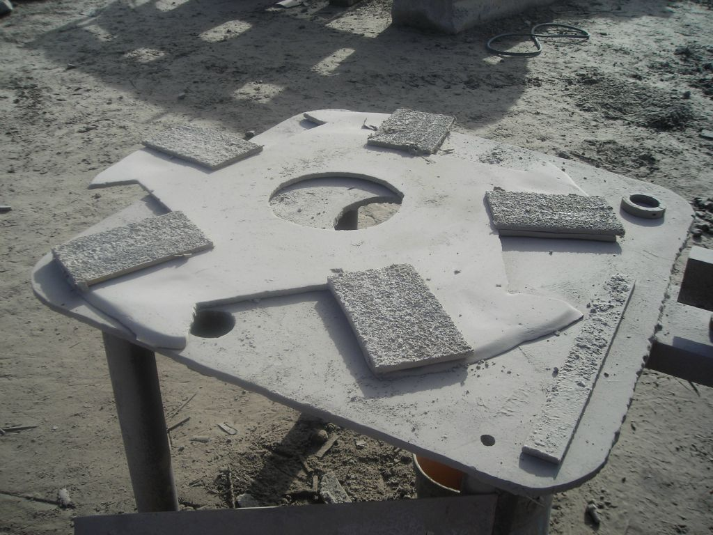 "TCI wear paltes for rebuilding the ""star"" distribution plate"